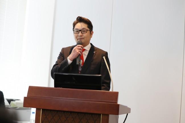 京楽産業. (株) 営業本部 副本部長 竹脇一騎